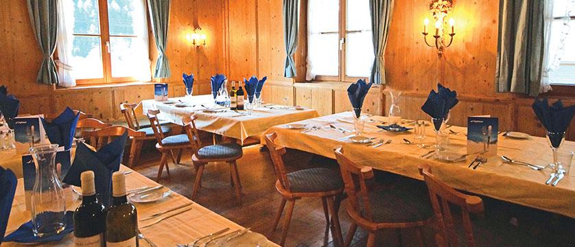 Chalet Tirol, Mayrhofen, Austria - dining room.jpg